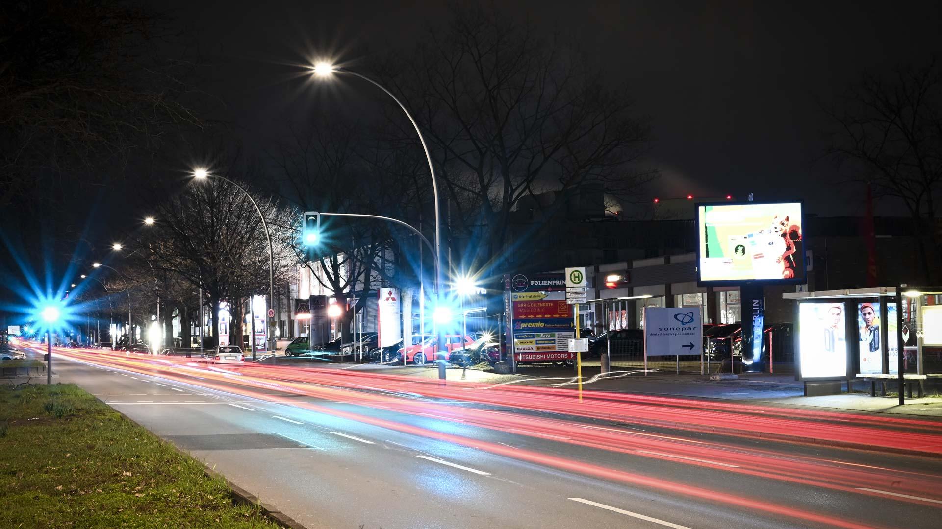 HD Berlin LED Werbefläche mieten in der Charlottenburger Chaussee 47 Berlin, LED Werbung Berlin